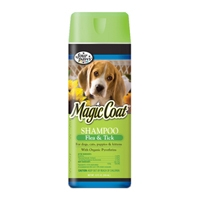 Four Paws Magic Coat Flea & Tick Shampoo for Dogs, Cats, Puppies, and Kittens 16 oz.