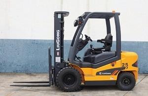 Forklift, 5000 lbs, Straight Mast