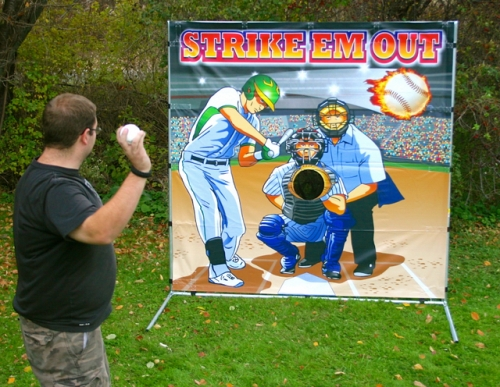 Baseball Toss - Strike 'Em Out