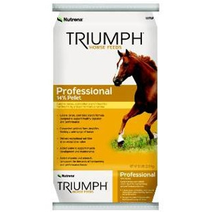 Nutrena® Triumph Professional Horse Feed
