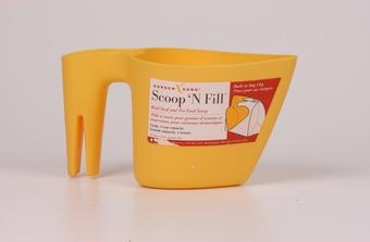 Scoop N' Fill For Bird Seed