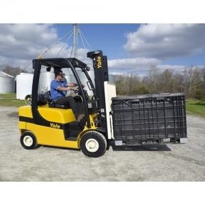 Forklift 3000# pneumatic