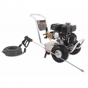 2700 PSI @ 2.4 GPM Direct Drive Pressure Washer