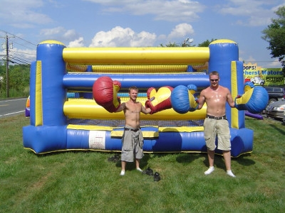 Bounce House Bounce N Boxing Rental
