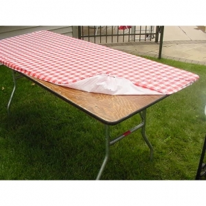 Kwik-Covers  30x96 Red Tablecover