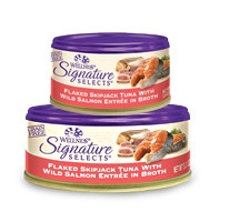 Wellness Signature Selects Flaked Skipjack Tuna with Wild Salmon Entrée in Broth