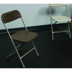 P.S. EventXpress Chairs - Brown Seat/Back Natural Frame/Feet