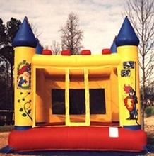 Bounce Castle: 13' x 13'