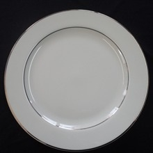"""Gold Band: 10.25"""" Dinner Plate"""