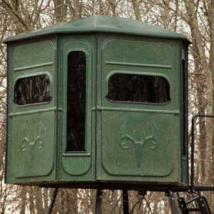 Redneck Blinds The Buck Palace 6x6 360 Crossover Blind