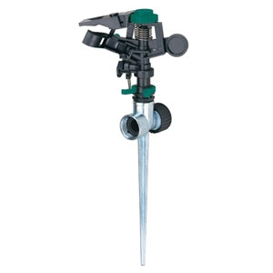 Melnor Pulsating Sprinkler With Metal Spike 85ft