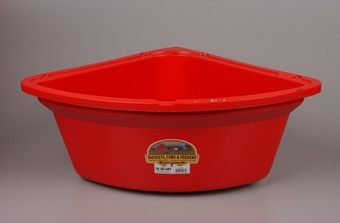 26QT Red Corner Feeder