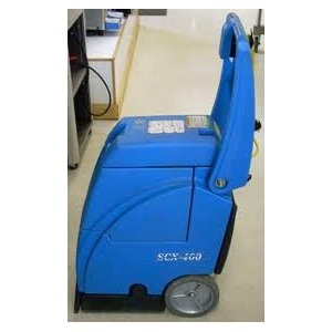 CARPET EXTRACTOR/ CLEANER