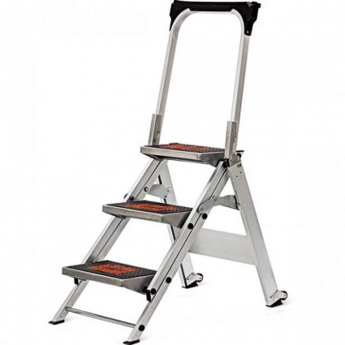 3 Foot Step Ladder w/handrail