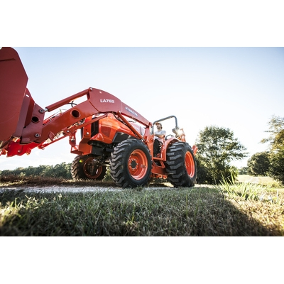 Kubota Compact Tractor with Bucket
