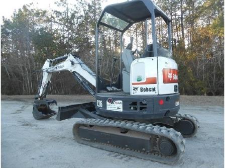 Trackhoe/Excavator E-26 w/ thumb