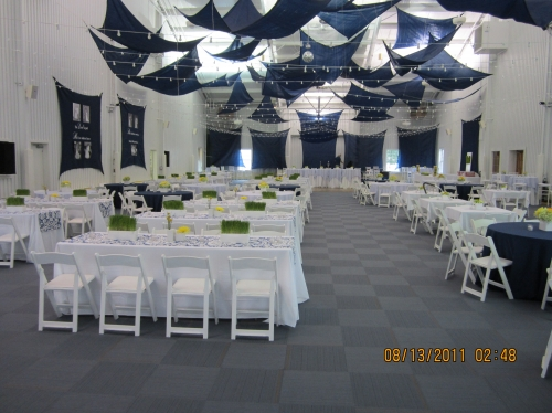 Round and Banquet Tables