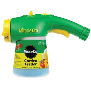 Miracle-Gro® Garden Feeder