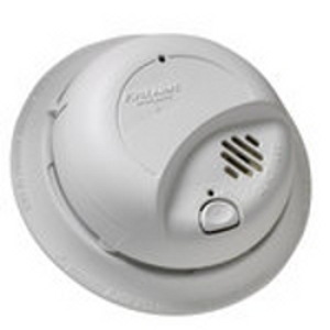 First Alert 120V AC Smoke Alarm with Battery Backup