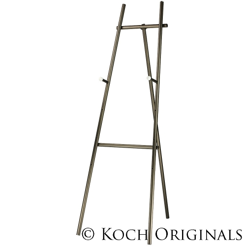 Easel with adjustable pegs