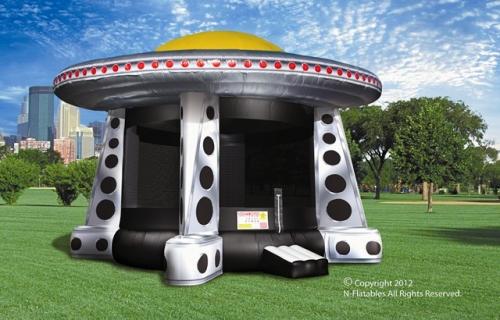 Amusement - Inflatable UFO Bouncer