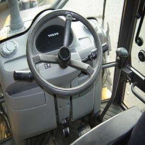 Volvo BL70 Backhoe