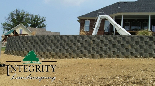 Block Retaining Wall for Swimming Pool
