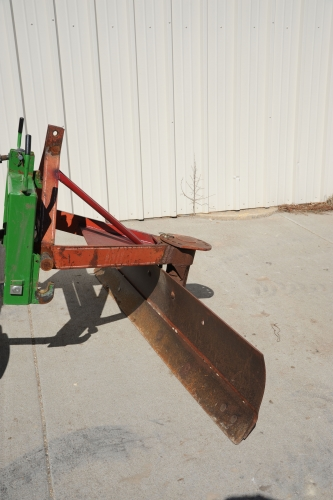 Tractor, Kubota, 360 Blade