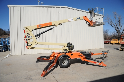 Lift, 35', Boom, Gas, Towable